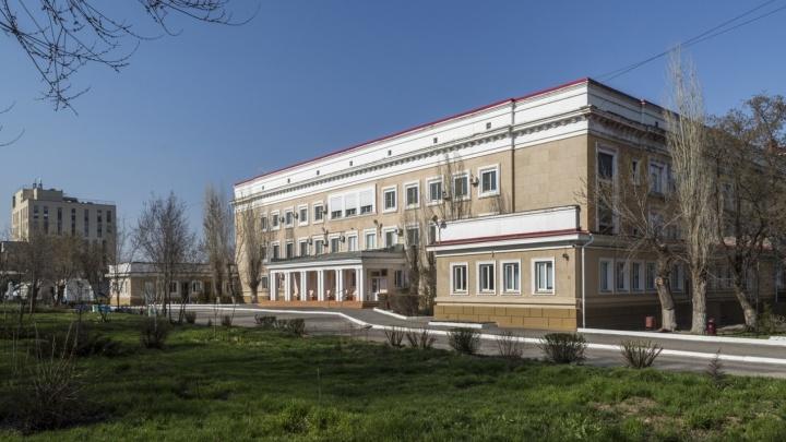 Правительство РФ поручило открыть в Волгограде инфекционный госпиталь для заражённых коронавирусом