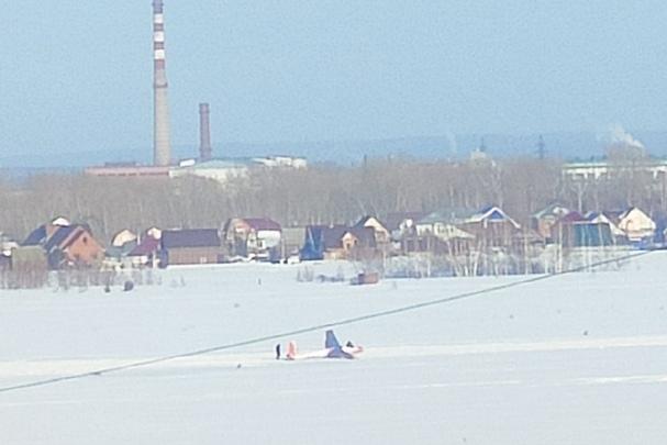 Транспортная прокуратура выяснила, что случилось с планером, замеченным в снегу в Бердске