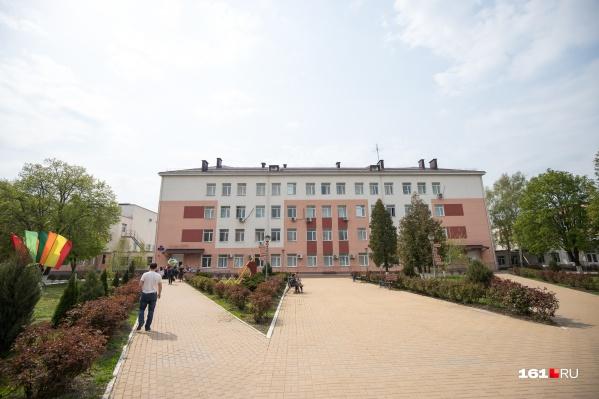 Несмотря на коронавирус, сейчас в ростовских школах очное обучение