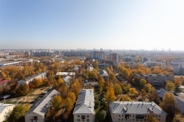 Многие горожане хотели бы переехать в новый дом, но в своём районе