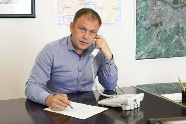Илья Середюк согласен, что условий для маломобильных жителей города нет