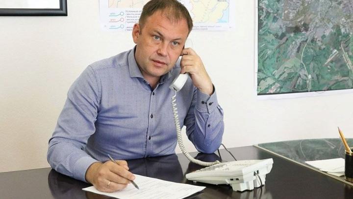 Кемеровчанин предложил мэру прокатиться до работы на инвалидном кресле. Середюк ответил