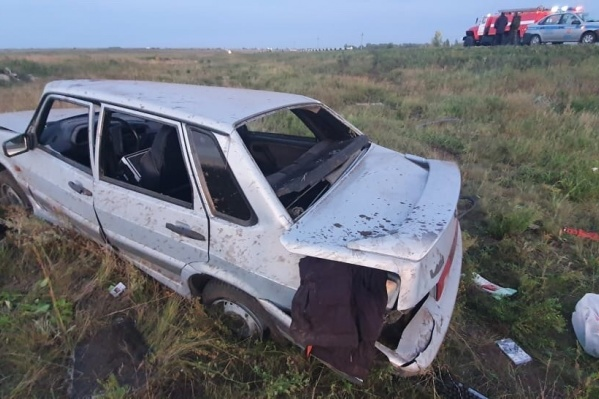 19-летняя пассажирка ВАЗа погибла, ещё одна девушка получила травмы