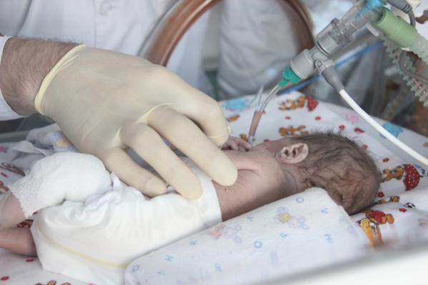 Родители назвали малыша Максимом