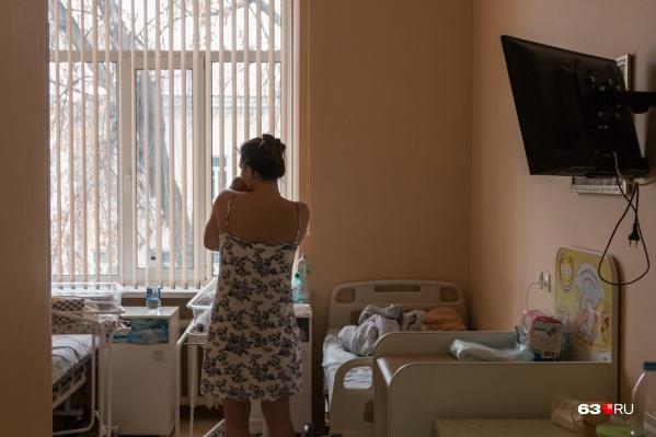 Молодых мам будут отправлять в свободные больницы