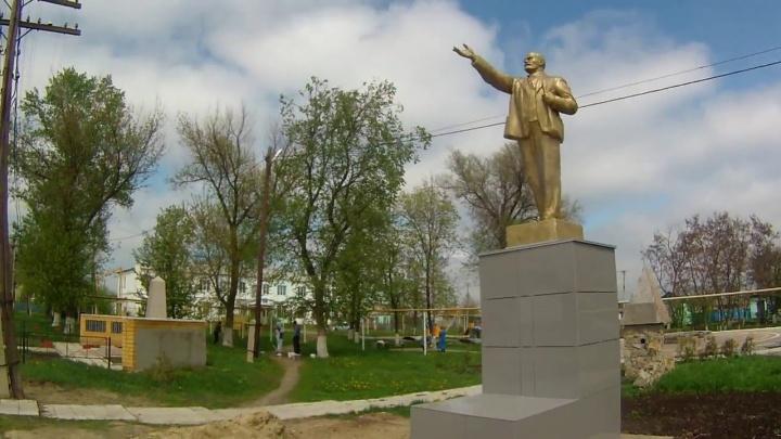 «Шесть ударов железным прутом»: в Волгоградской области отец убил сына и умер от моральных мучений
