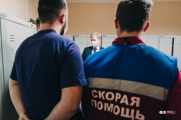Студенты-медики помогали врачам на скорой, в больницах и в региональном кол-центре