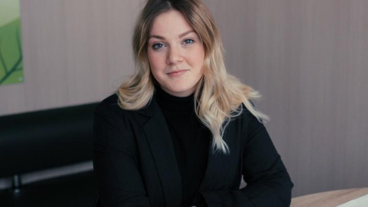 Юная красотка мечтала стать голливудской актрисой, а оказалась в Искитиме— как работает учительница русского языка