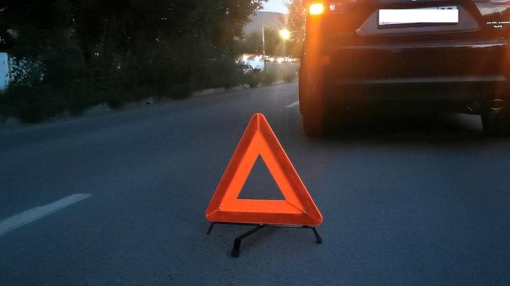 Ребенок перебегал дорогу на Судостроительной в неположенном месте и попал под колеса «Мицубиси»