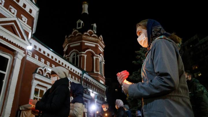 «На усмотрение митрополита»: Роспотребнадзор не планирует запрещать Рождество в храмах Волгограда