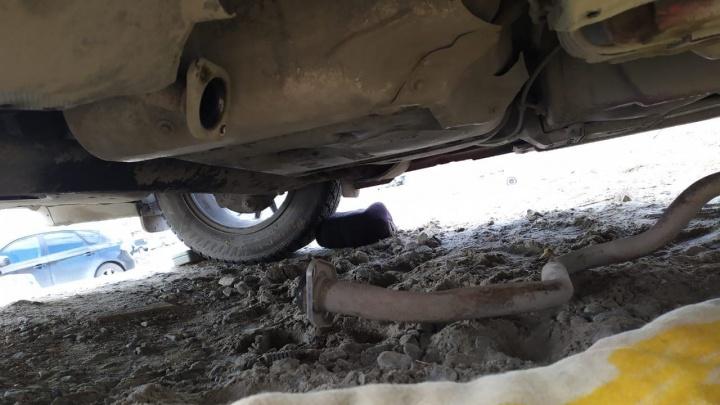 В Тюмени начали массово вырезать катализаторы у машин