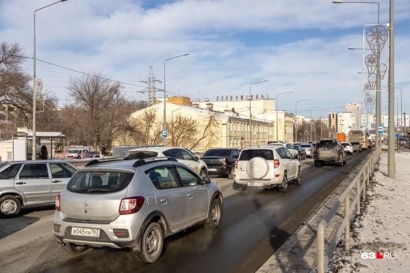 В ближайшие три года вид Ново-Садовой в этом месте кардинально изменится. Начало эстакады будет находиться у ДК «Современник»