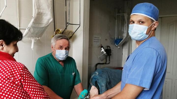 Они ставят нас на ноги, орудуют дрелью и молотками: знакомим вас с травматологами региона