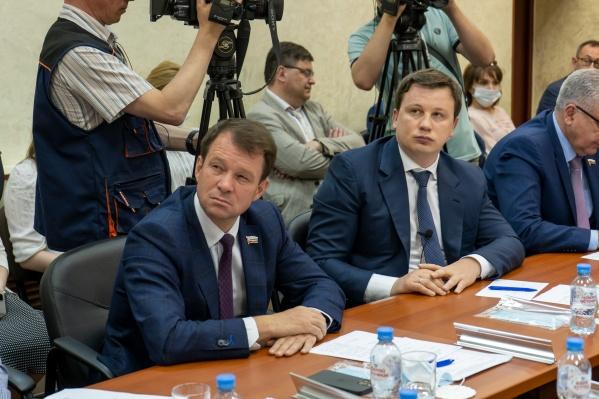 Антон Немкин, член экспертного совета по развитию цифровой экономики при Совете Федерации, автор проекта «Цифровая долина Прикамья» (справа)