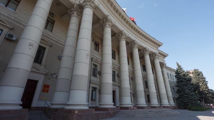 «Он сам рассказал всё врачам»: администрацию Волгоградской области пытался поджечь 22-летний ранее судимый слесарь