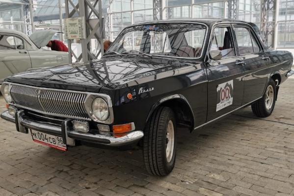 «Волга» — мечта любого советского человека. Сегодня мы на ней проедем дистанцию ретроралли