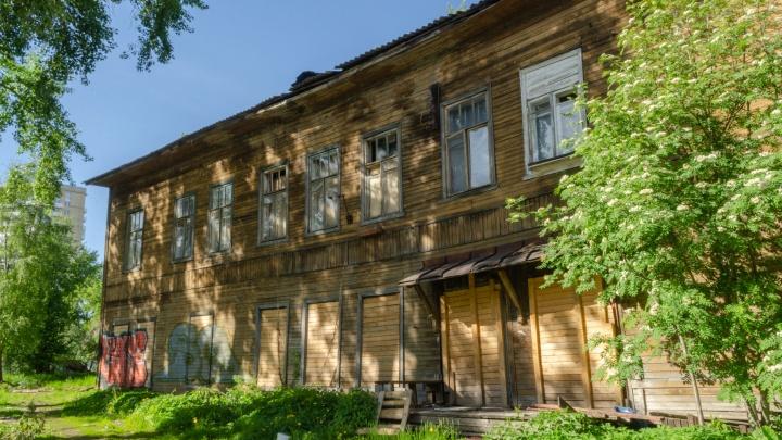 «Бизнесу не интересен», однако появились желающие восстановить разбитый дом Вальневой в Архангельске
