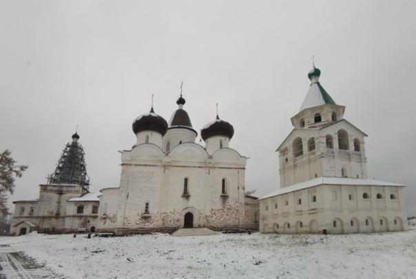 «Тяжелых нет»: Антониево-Сийский монастырь закрыли на карантин из-за случаев COVID-19