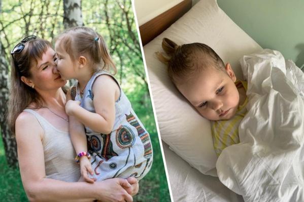 Оксана вместе с дочерью сейчас находятся в больнице — предварительно они пробудут там до зимы