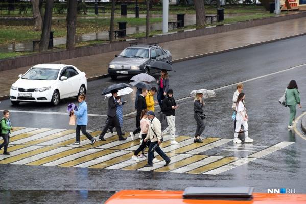 Опрос проводился среди жителей крупнейших мегаполисов России
