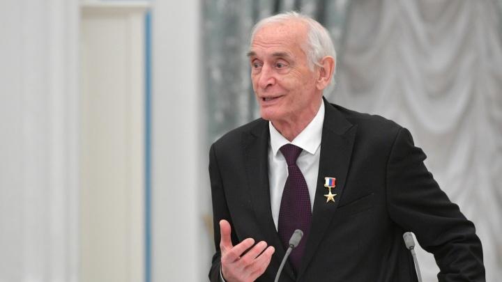 Актер Василий Лановой умер на 88-м году жизни