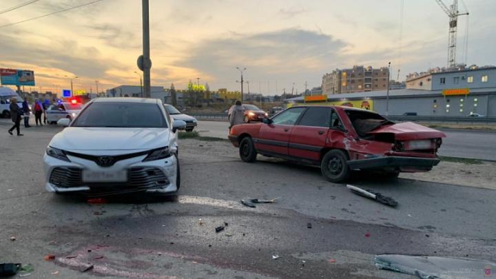 В Волгограде следователи ищут очевидцев смертельного ДТП напротив морга