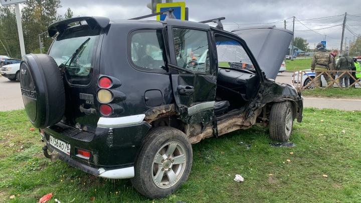 Пассажирка не помнила своего имени: подробности утренней аварии с загоревшейся машиной в Ярославле