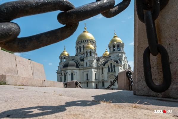 В Вознесенском соборе покоятся останки донских героев-военачальников