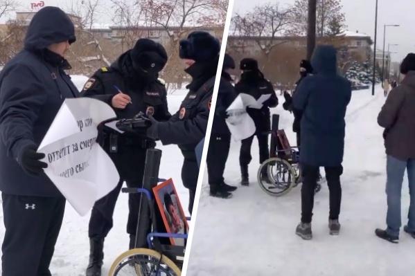 Никиту Рукосуева забрали в полицию из-за отсутствия маски