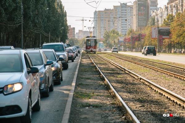 Сейчас современные трамваи можно встретить лишь на нескольких городских маршрутах