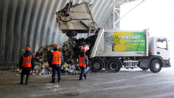 Пустили отходы по грохотам: как работает мусоросортировочный завод в Ленинском округе