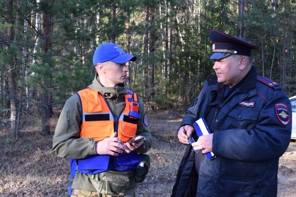 Поисковики планируют операцию совместно с сотрудниками полиции