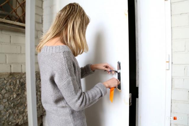 У людей, чьи дома попали под реновацию, есть два варианта: либо новая квартира, либо деньги
