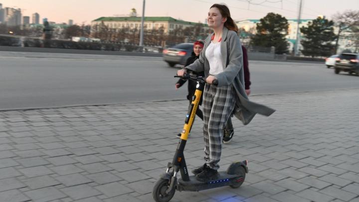 «Они потеснят автомобили». Урбанист — о том, почему будущее за электросамокатами и что с этим делать