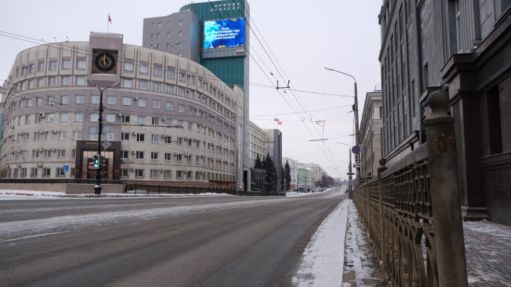 Челябинск опустел: смотрим на город, каким он бывает только раз в году