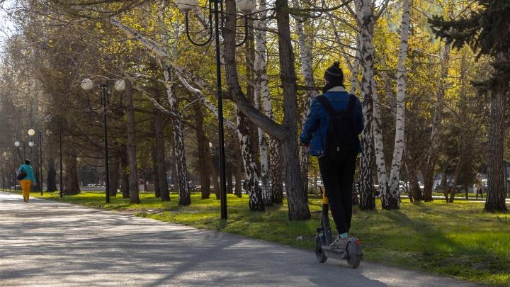 Носятся как угорелые: в Самарской области самокатчиков хотят приравнять к автомобилистам