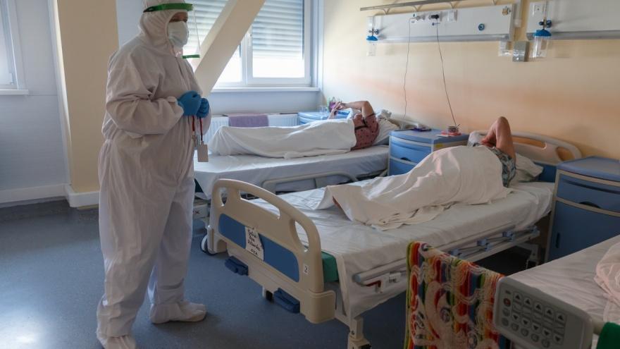 В больницах Кузбасса заняты 83% коек для больных коронавирусом