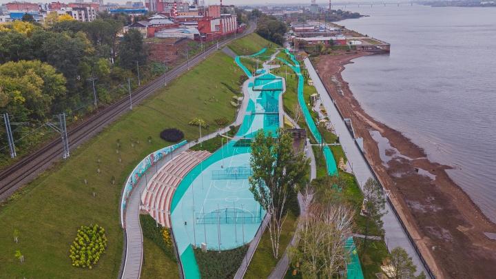 Беговая дорожка, тренажеры и площадка для воркаута: на пермской набережной открылась спортзона