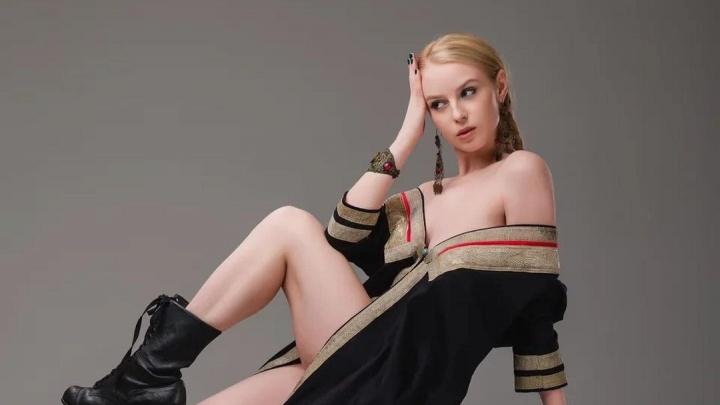 Бывшая айс-герл «Салавата Юлаева» Ульяна Тригубчак снялась в эротической фотосессии в башкирских нарядах