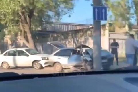 «Девятка», в которой ехали подростки, серьезно пострадала