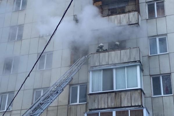 Пожарные спасли 20 человек