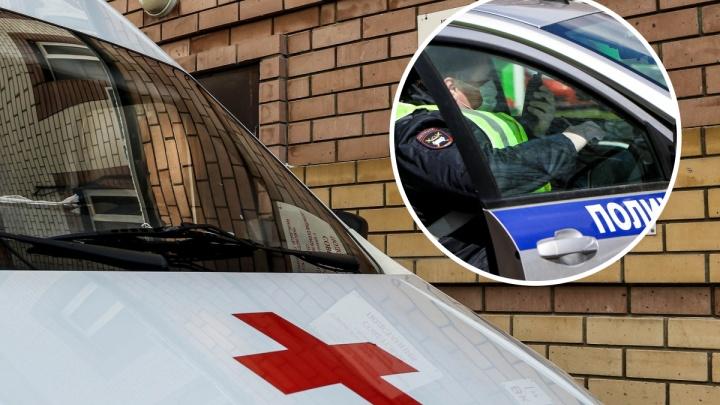 Водитель отечественной легковушки насмерть сбил двух людей на дороге Павлово — Заплатино