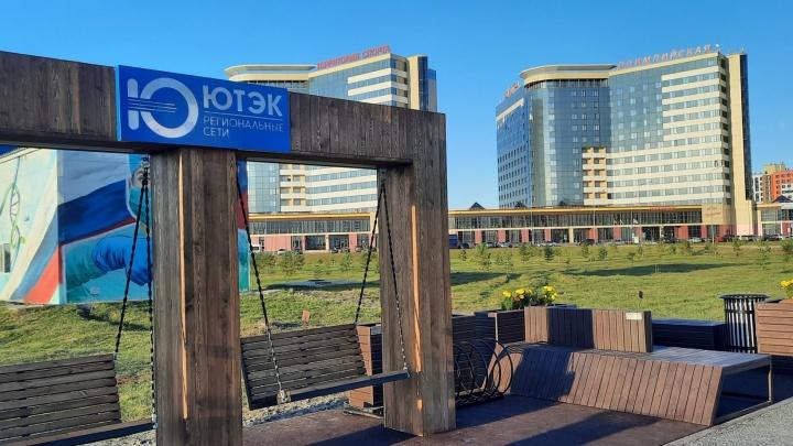 В Ханты-Мансийске появилась велопарковка из переработанного пластика и старых покрышек