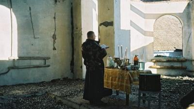 """«Одни священники стреляются от нищеты, другие на """"Бентли"""" разъезжают»"""