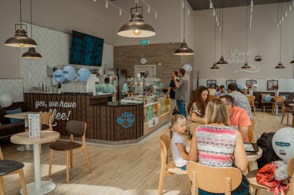 С первого дня пекарня стала популярной среди жителей микрорайона