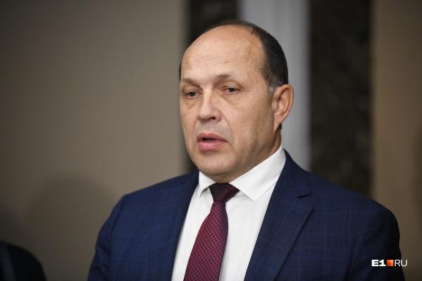 Министр строительства Михаил Волков