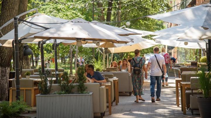 На Дону перестанут пускать в рестораны и кафе без прививки от COVID-19