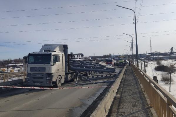 ДТП произошло сегодня днем на Галкинском переезде