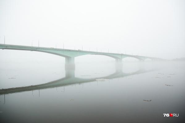 Октябрьский мост нуждается в ремонте