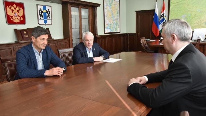 ХК «Сибирь» подписал контракт с новым главным тренером. Рассказываем, что о нём известно